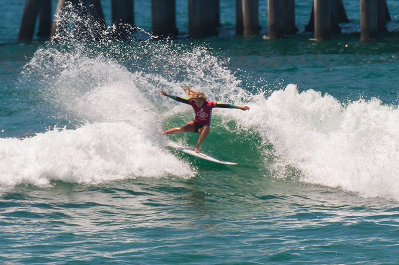 417b6268e3 ASP World Title Contenders Lead at Vans US Open of Surfing - News - 2014  Vans US Open of Surfing